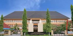 kampus pusat UST