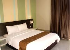 standart room hotel pose in jogja