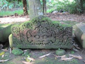 situs arca bugisan 3