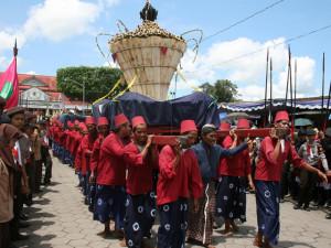 Upacara Sekaten Di Yogyakarta