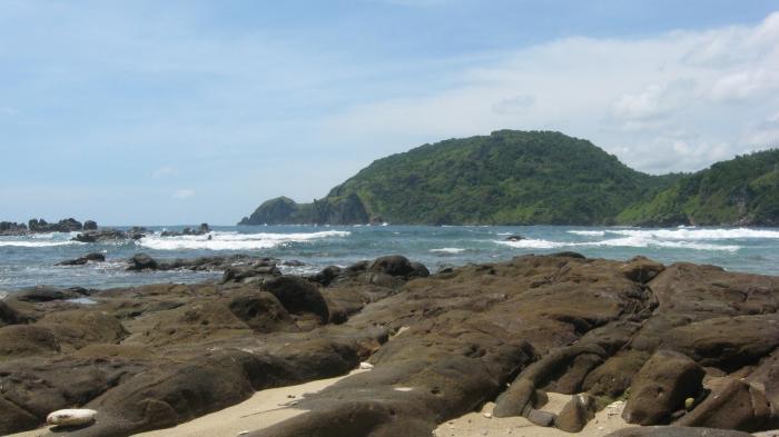 Pantai Wedi Ombo, Pantai Jogja, sinar Aneh Di Pantai