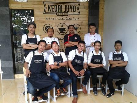 kedai juyo team