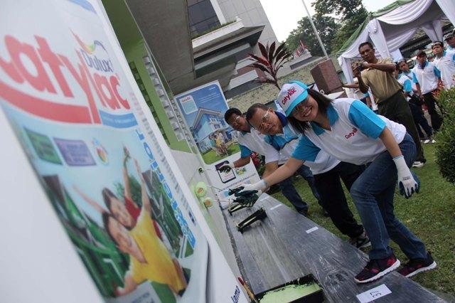 Pengecatan Museum TNI AD Dharma Wiratama resmi dibuka oleh Head of Brand and Consumer Marketing Anastasia Tirtabudi dan Kepala Badan Pelaksana Museum dan Monumen Pusat Dinas Sejarah Angkatan Darat Kolonel CAJ. Drs. Nurwasis M.M