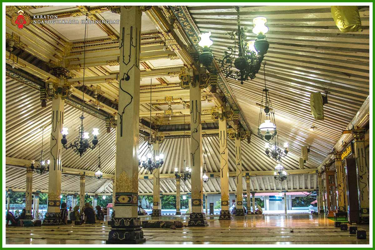 Serambi Masjid Gedhe