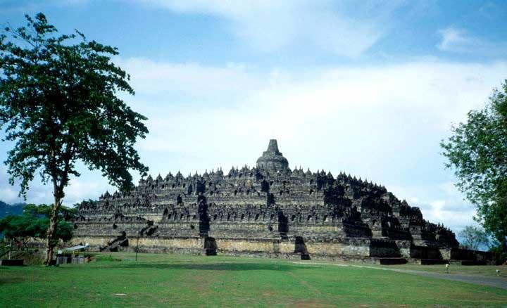 Permalink to Besok 15 Ribu Pelari Meriahkan Borobudur 10K