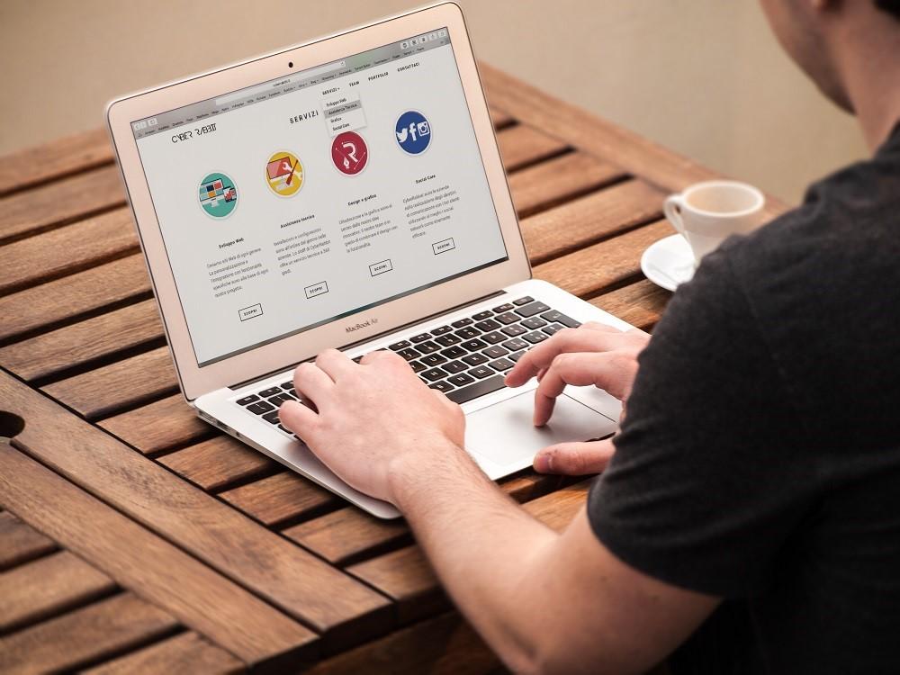 Permalink to Tanpa Menggunakan Alat, 4 Media Penyimpanan ini Sangat Cocok Untuk Para Aktivis Internet