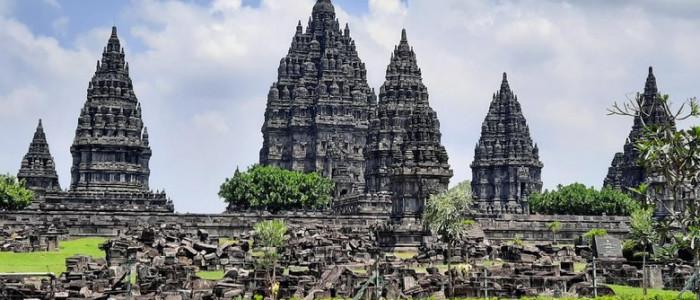3 Candi Bersejarah Di Yogyakarta Yang Bagus Buat Spot Foto