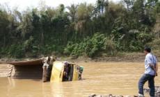 Permalink to Truk Hanyut Terbawa Arus Kali Progo